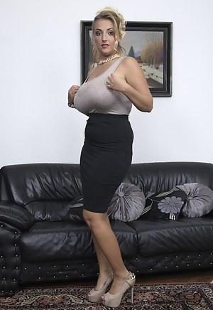 Big Tits High Heels Porn Pictures